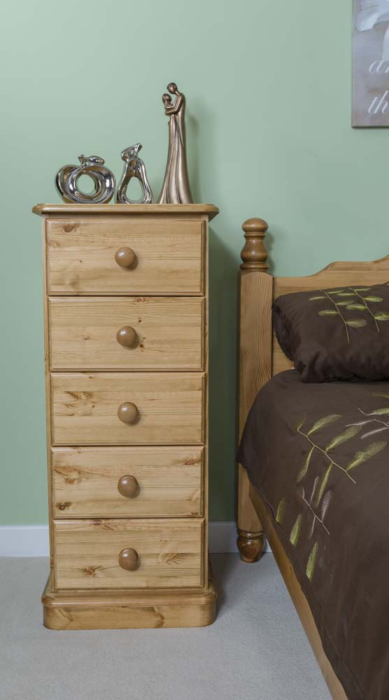 wiltshire 5 Drawer Wellington Chest